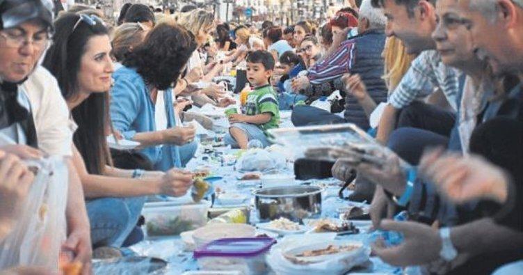 Yeryüzü Sofrası'nda yemekler paylaşıldı