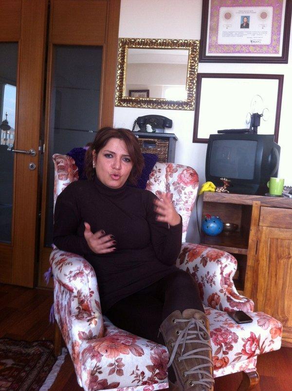 Kocasını dövdü
