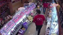 Lokanta sahibini, haraç vermeyince bıçakladı | Video