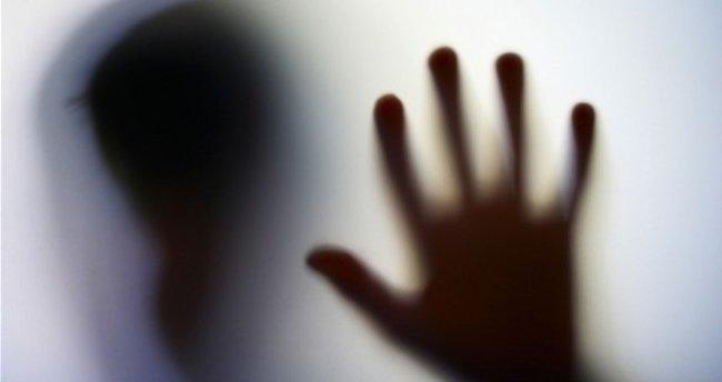 İki kız çocuğuna cinsel tacize 18 yıl hapis