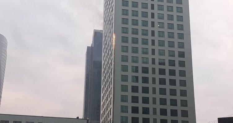 Son dakika: İstanbul Maslak'ta gökdelen yangını