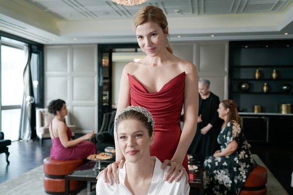 Kanal D ile Camdaki Kız son bölüm izle ekranı! Camdaki Kız 9.sezon finali bölüm tamamı izle! Feride'nin fikrini kim değiştirecektir? - Sayfa 2 - Medya Haberleri