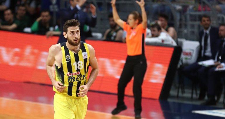 Egehan Arna Beşiktaş'ta!