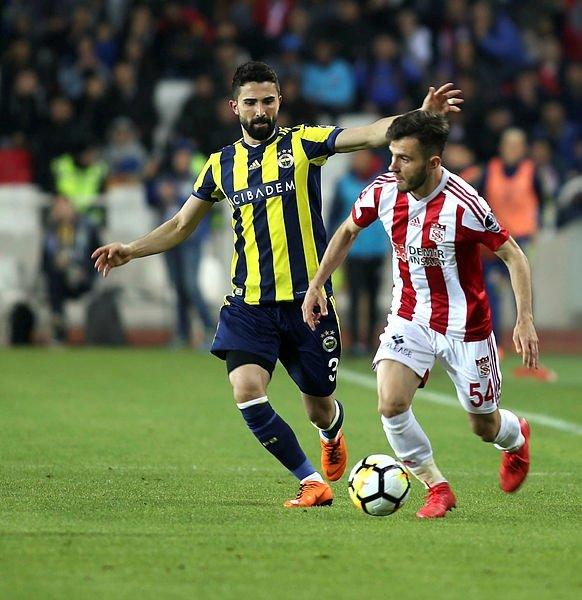 Fenerbahçe'de Ersun Yanal 5 transfer istedi! İşte o isimler...