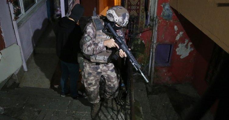 Son dakika: Bodrum'da göçmen kaçakçılarına operasyon