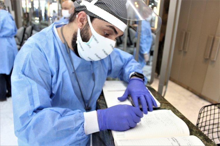 Berber ve kuaförlerde ameliyathaneleri andıran görüntüler