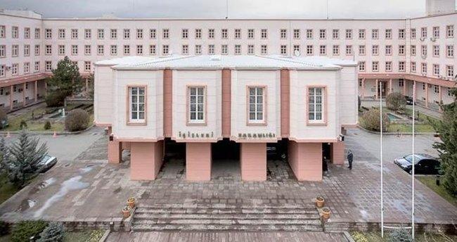 İçişleri Bakanlığında FETÖ operasyonu