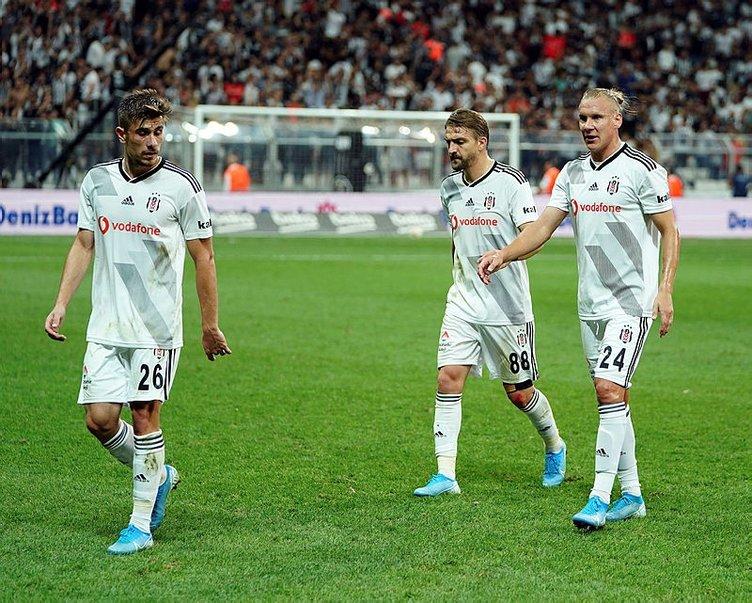 Beşiktaş'ın Başakşehir 11'inde büyük sürpriz!