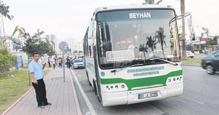 Adana'da özel halk otobüsü şoförüne darp iddiası