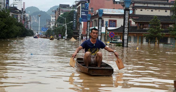 Çin'de yağışlar can aldı: 9 ölü