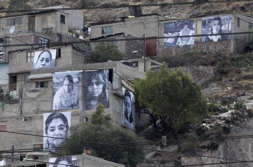 Dünyadan günün fotoğrafları (8 Mart 2012)