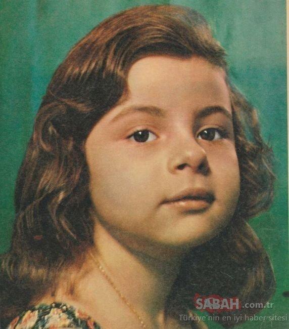 20 yaşındaki reklam yıldızı Demet Akalın'ı tanıyamadılar...Şarkıcı Demet Akalın'ın yıllar önceki görüntüleri ağızları açık bıraktı!