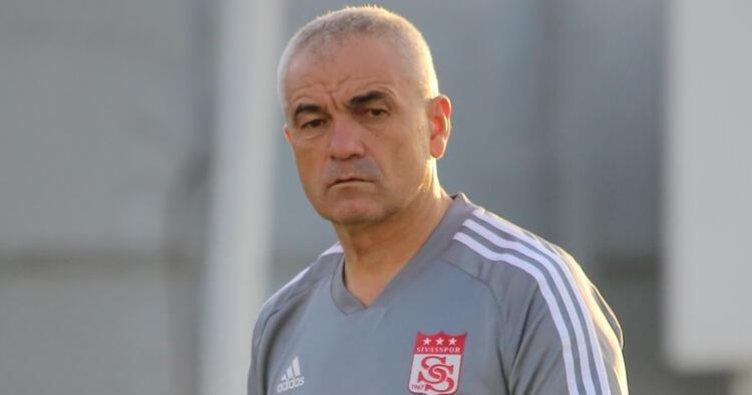 Rıza Çalımbay Sivasspor'da kalacak!