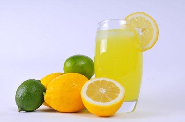 Güne limonlu suyla başlamanın vücuda inanılmaz etkisi!