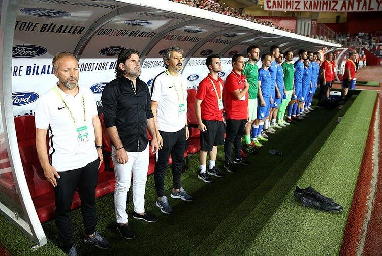 Rizespor'dan Aykut Kocaman sürprizi