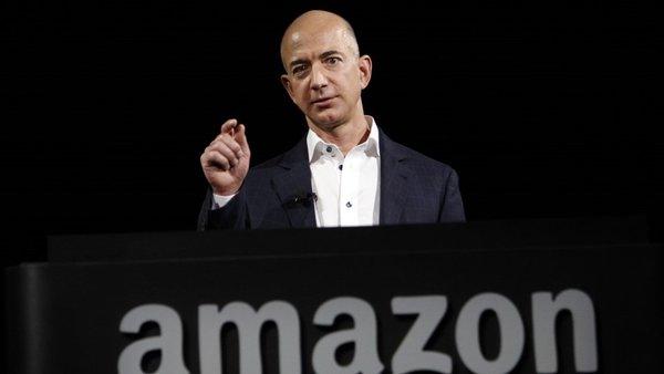 Dünyanın en zengini Jeff Bezos'un az bilinen özellikleri