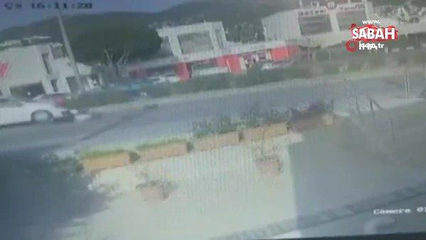 Anne ve çocuğun metrelerce sürüklendiği feci kaza kamerada | Video