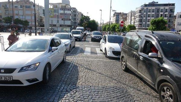 Dönüş trafiği başladı... İşte trafikte son durum