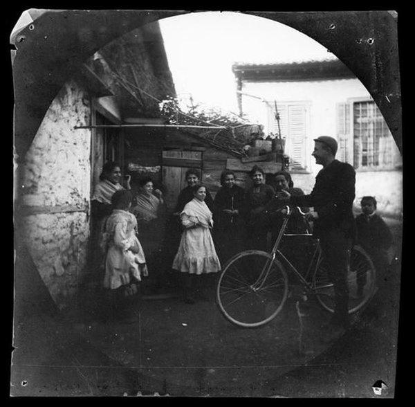 125 yıl önce bisikletle dünya turu yapan ikili