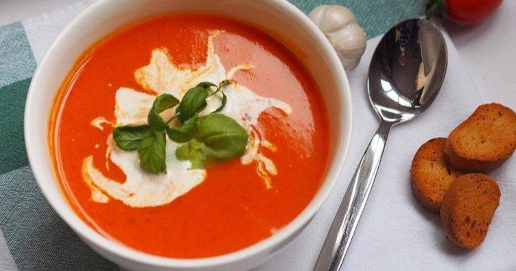Kırmızı biber çorbası tarifi: Kırmızı biber çorbası nasıl yapılır?