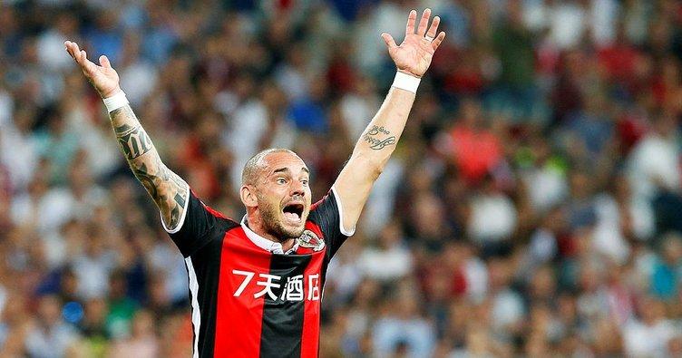 Sneijder, Los AngelesGalaxy ile anlaştı