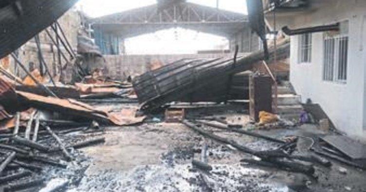 Mahrukatçılar Sitesi'nde hasar büyük