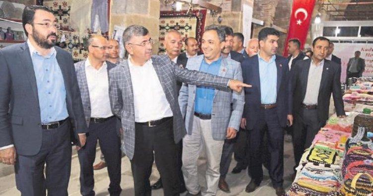 Başkan Akdoğan muhtarlarla buluştu