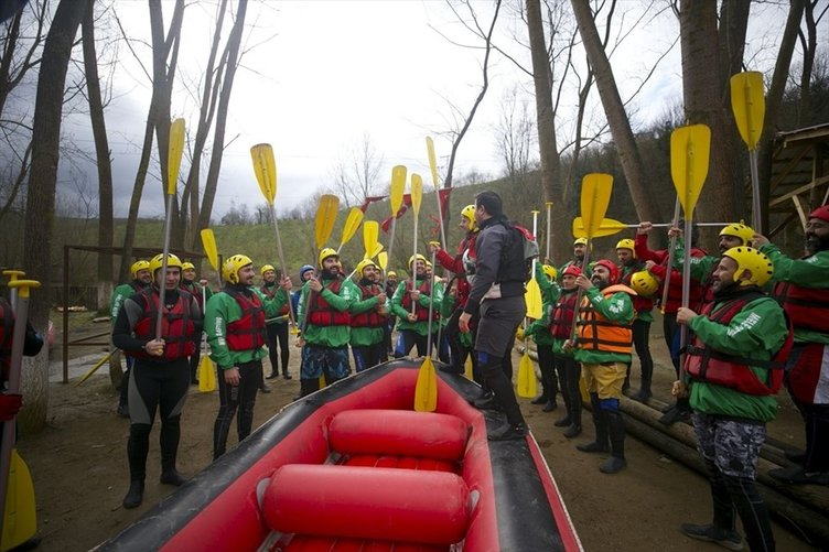 Melen Çayı'nda rafting sezonu açıldı