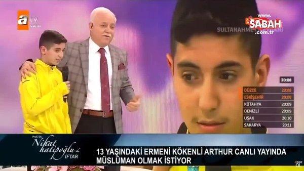 Nihat Hatipoğlu'nun iftar programında 13 yaşındaki Ermeni çocuk Müslüman oldu