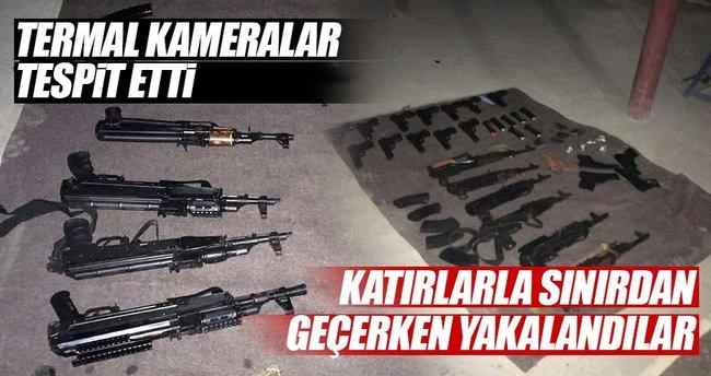 Çukurca'da katır sırtında silah ele geçti, 2 kişi gözaltında