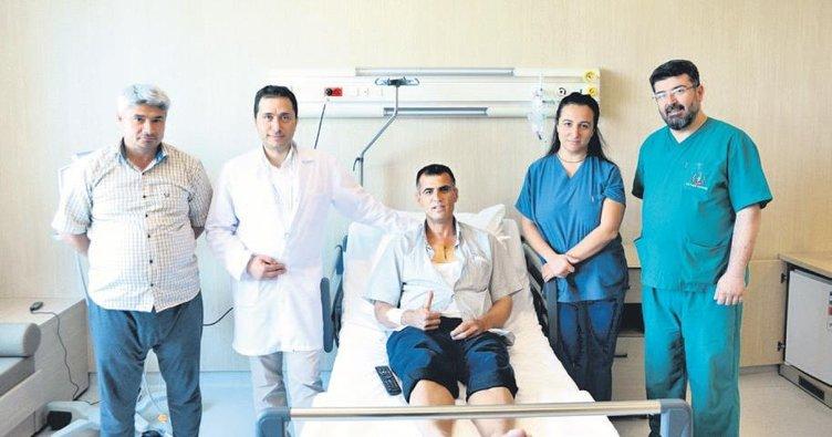 Minimal kesiyle ilk kalp ameliyatı