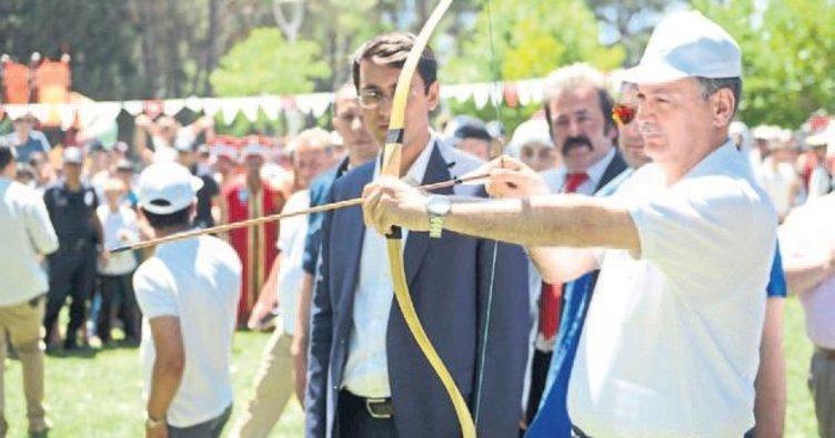 Kahramanmaraş'ta Türk oyunları festivali