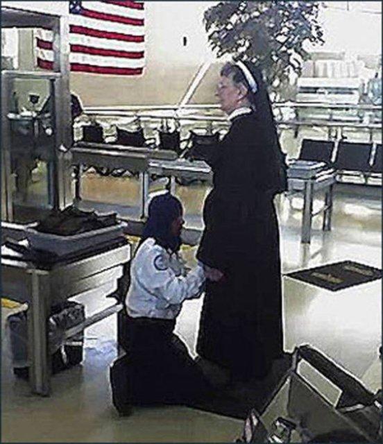 Havalimanı güvenliğine takılan ilginç şeyler