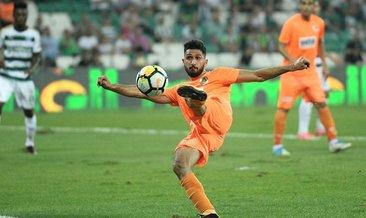 Fenerbahçe Emre Akbaba'ya karşılık Ozan Tufan'ı önerdi