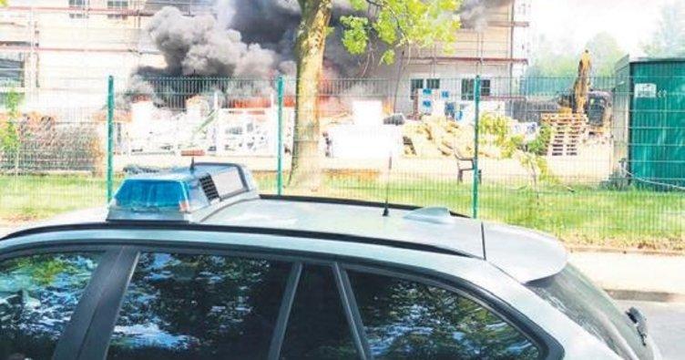 Cami inşaatında şüpheli yangın