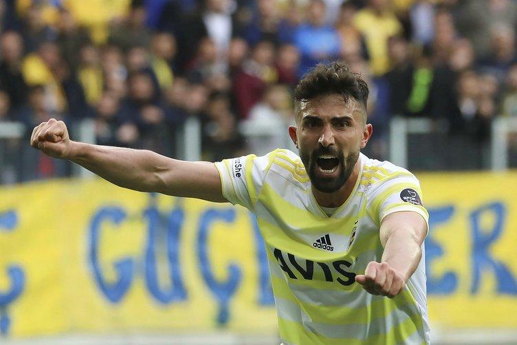 Son dakika Fenerbahçe transfer haberleri! Fenerbahçe transferde bombayı patlatıyor!