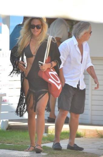 Tugay Kerimoğlu ve eşi tatilde