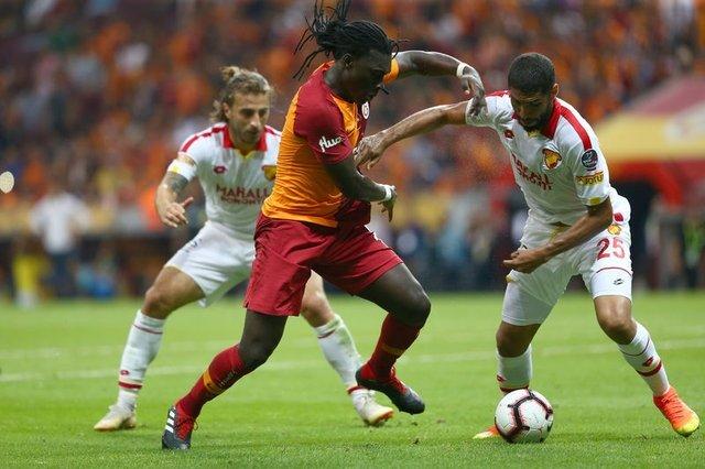 Galatasaray'da Gomis'in yerine kimi transfer edecek?