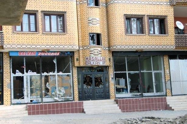 Teröristler şehir merkezini karıştırdı