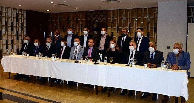 Adana'da İYİ Parti'den toplu istifa - Son Dakika Haberler