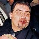 Kenan Şeranoğlu adlı kişi, Titan Saadet Zinciri adı altında 30 bin kişiden 8.6 trilyon lira topladı