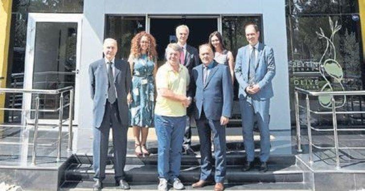 Sırbistan heyeti DEPARK'ı gezdi