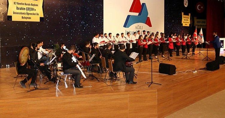 AİÇÜ'de 'Türk Halk Müziği' konseri düzenlendi