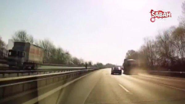 TEM'de seyir halindeki kamyonun lastiği bomba gibi patladı | Video