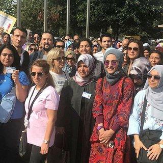 İşten atılan öğretmenler İBB'yi protesto etti