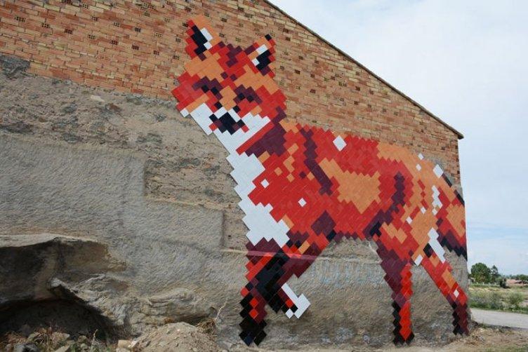 İspanya'nın sokak sanatı başkenti büyülüyor