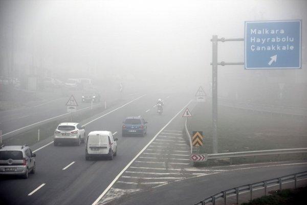 İstanbul yoğun sis altında