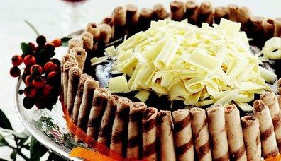 Çıtır Gofretli Acıbadem Pastası