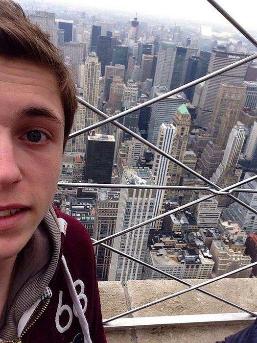 En çok selfieyi hangi binayla çekiyoruz?