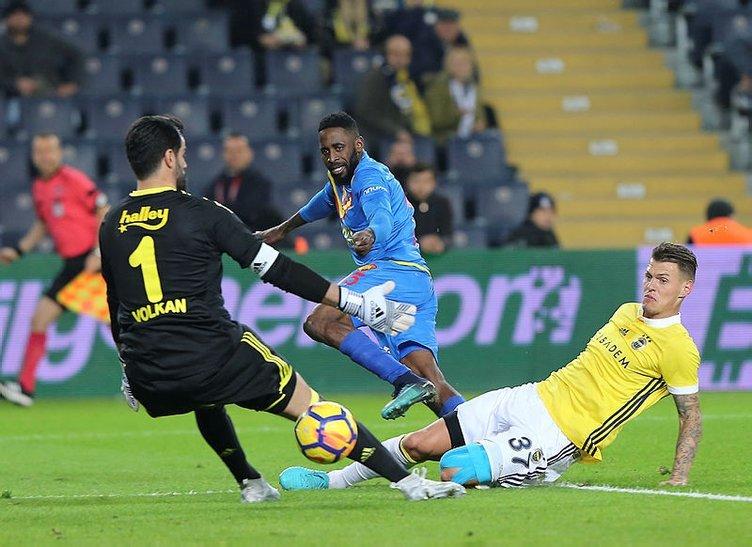 Fenerbahçe'ye derbi öncesi bir iyi bir kötü haber